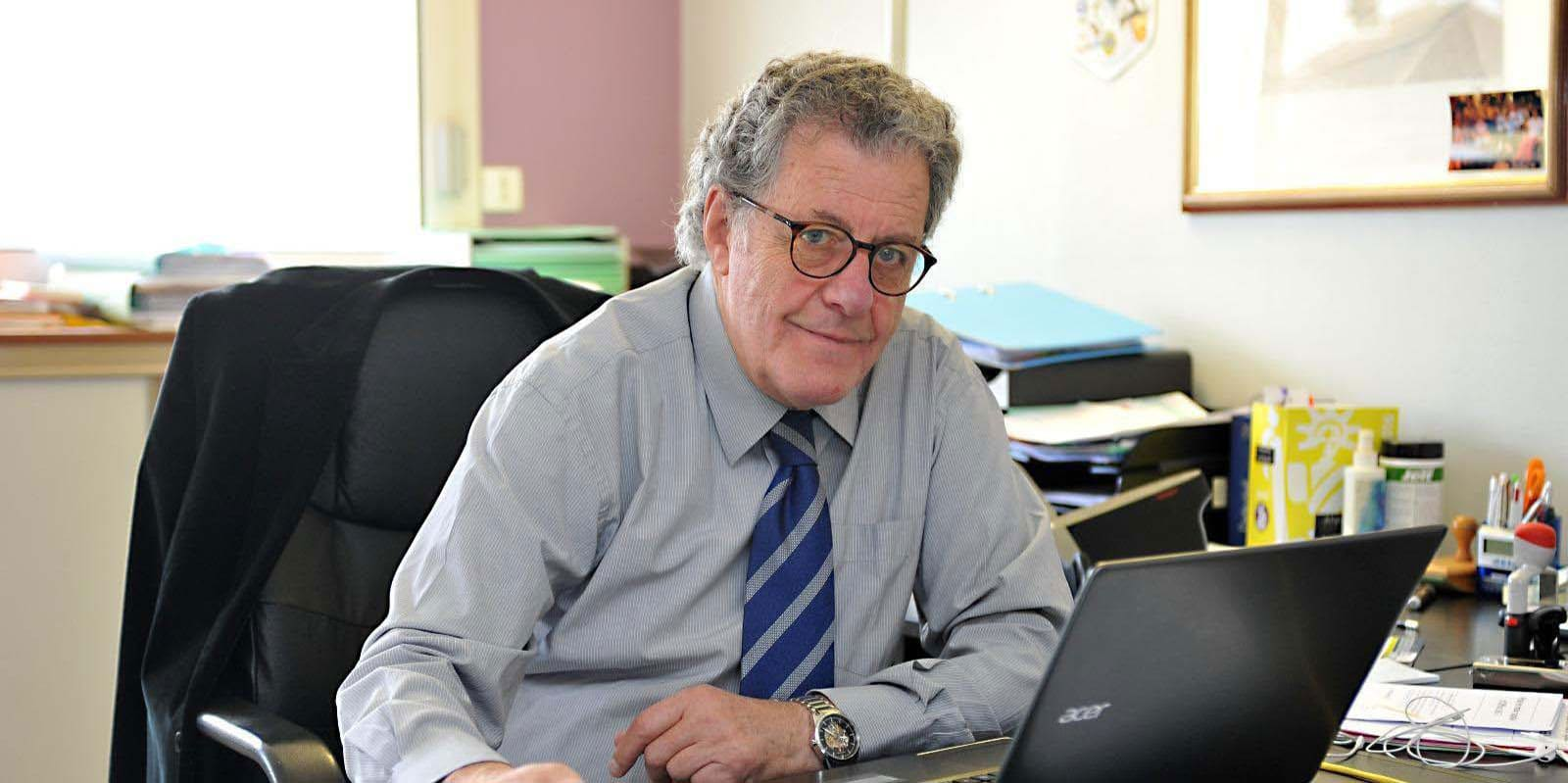 Yves Brousseau, expert en généalogie